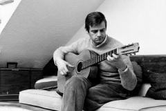 Papà e la sua inseparabile chitarra