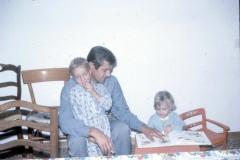 Mentana, io, papi e Dario, il primogenito di suo fratello Rolando